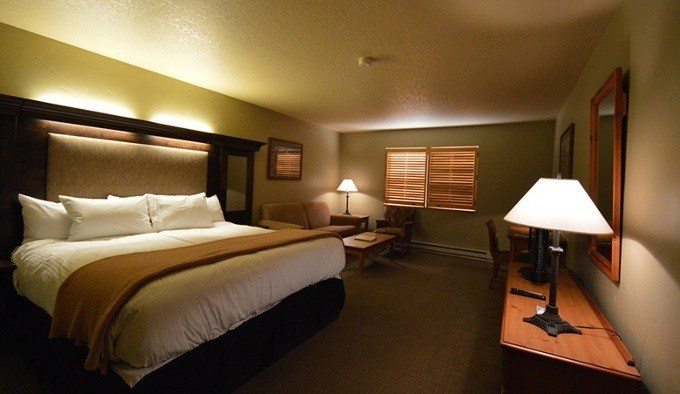 Hotel Lodging Rooms